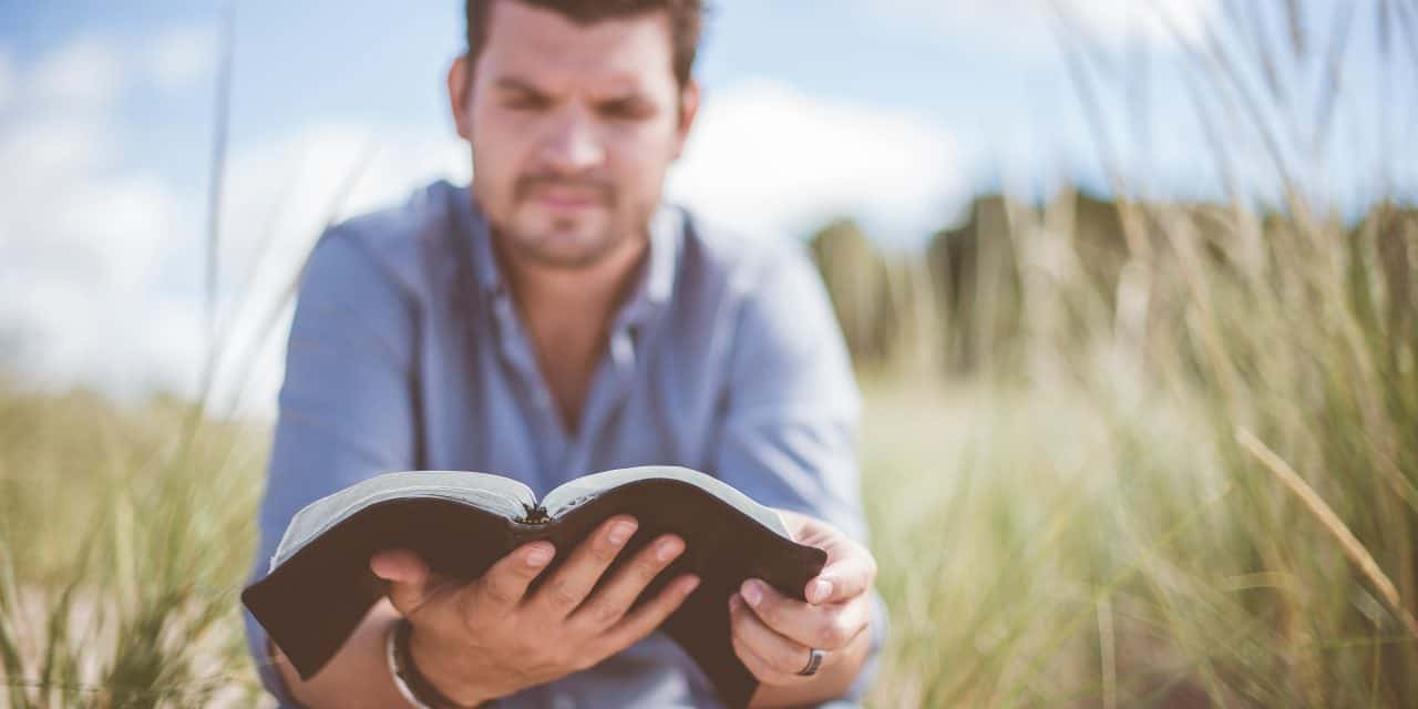 The Importance of Daily Bible Reading for Spiritual Growth