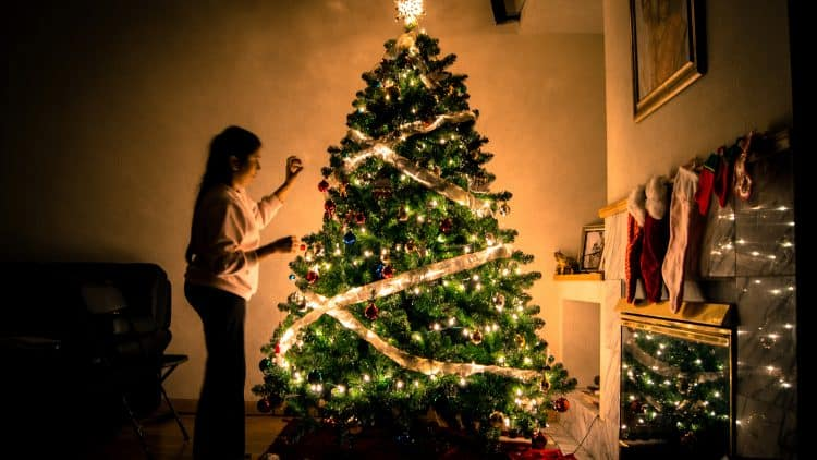 Jesus, Four Ways to Strengthen Your Marriage This Christmas Season, Servants of Grace