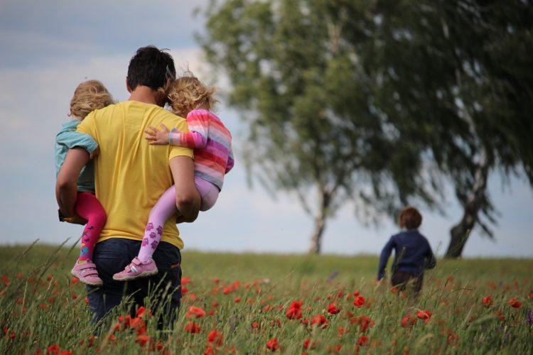 Mom, Should Mom Be The Lead Parent?, Servants of Grace, Servants of Grace